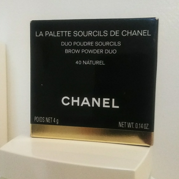CHANEL Other - Chanel Le Palette Sourcils De Chanel